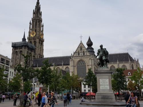 Groen Plats, Rubens og katedralen