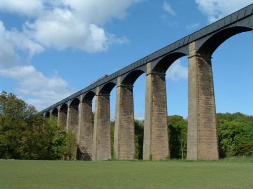 Pontcysyllte Aqueduct (1805)